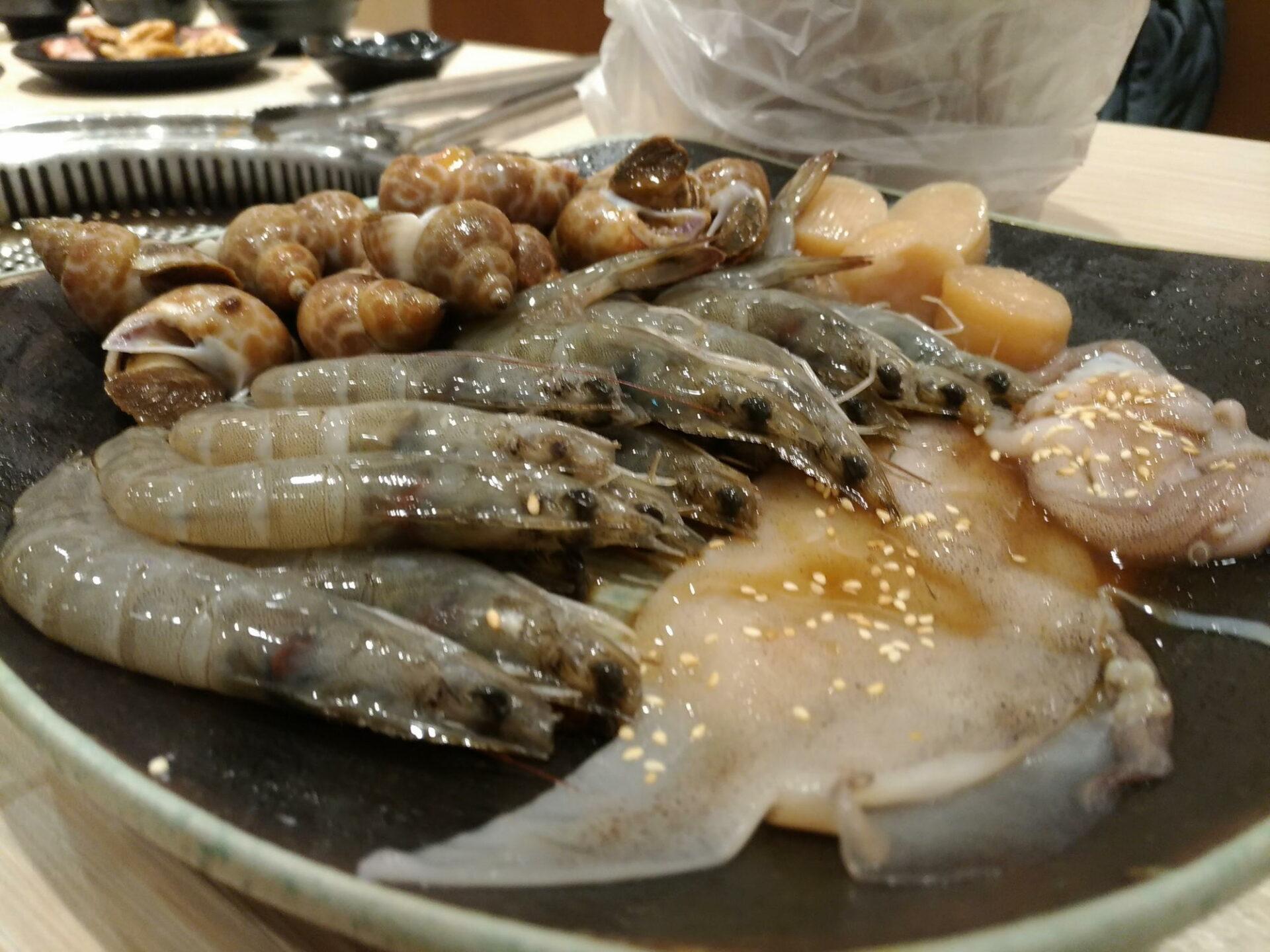 [新竹市美食燒肉]上禾烤肉火鍋,明亮,新鮮,CP值高,燒肉火鍋一次到位!